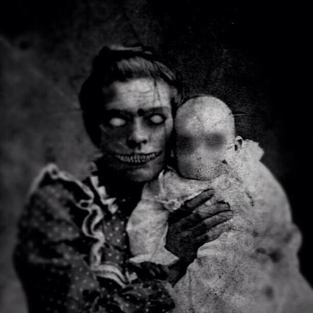 creepymom